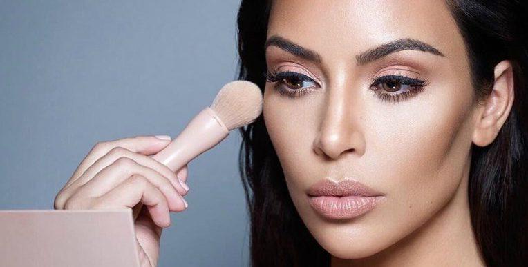 De ce n-ar trebui să iei sfaturi de frumusețe de la Kim Kardashian